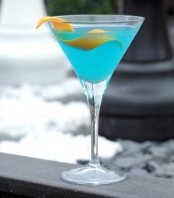 handbagcom-cocktail-bespoke-by-charlie-mccarthy