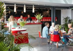 gallery-bar-beefeater-london-the-home-of-gin